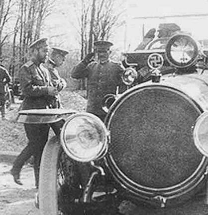 Картинки по запросу Свастика на автомобиле Царя Николая Второго
