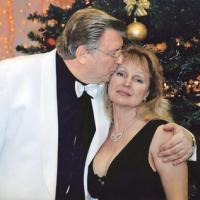 ПЕСНИ И ПЛЯСКИ ВИКТОРА ЕЛИСЕЕВА. Художественный руководитель ансамбля  МВД России проводит спецоперацию против бывшей жены