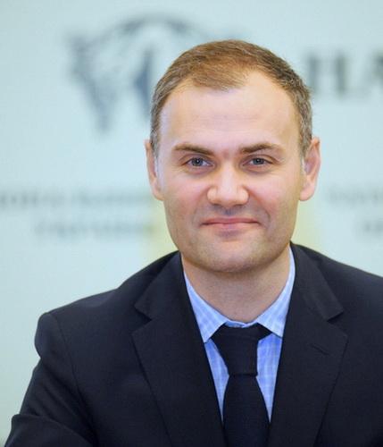 15.Юрий Колобов