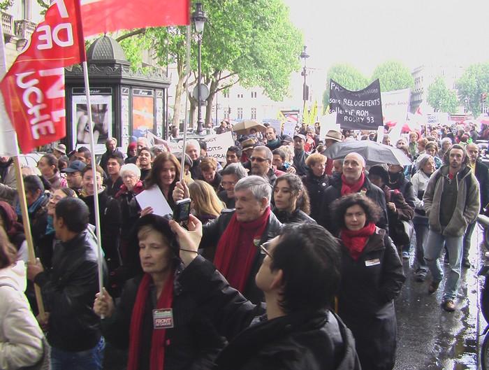 Демонстрация в поддержку цыган