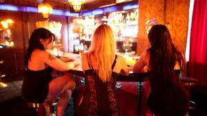 Сексуальная проститутка едет к клиенту фото 569-531