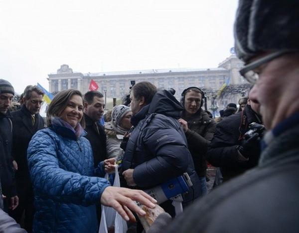 Операция по захвату Украины Западом проваливается