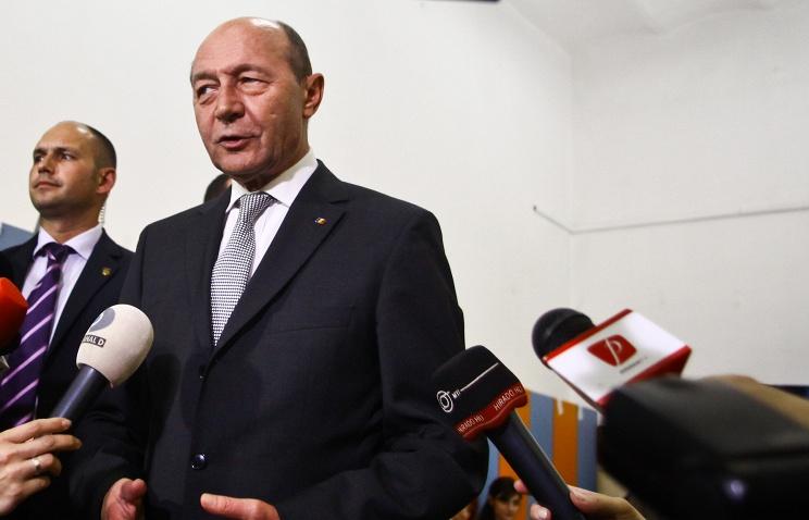 15.Президенту Румынии Траяну Бэсеску