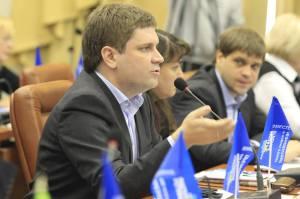 Денис Пятигорец с однопартийцами-регионалами