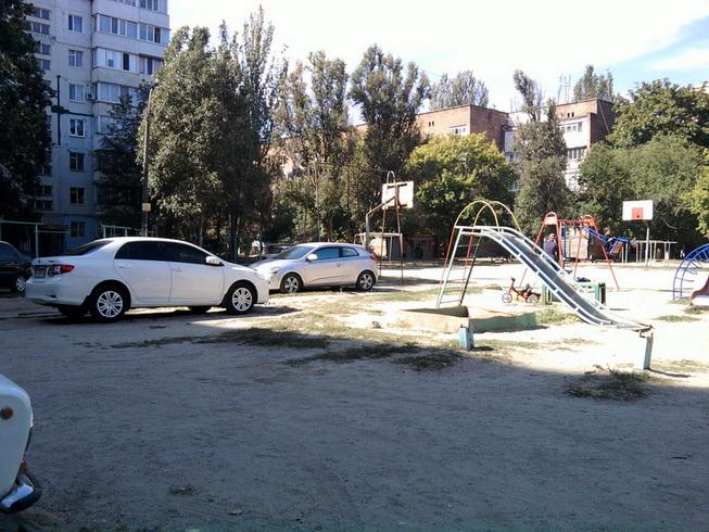 двор- ул. Мурманская, 5
