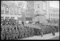 6. Ташкент. 1943 год, парад