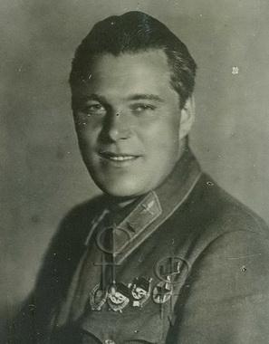 Анатолий Серов