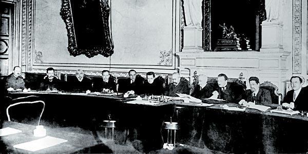 Преемником временного комитета государственной думы 3 (16) марта стало временное правительство