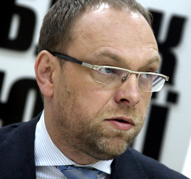 Нардеп и адвокат Сергей Власенко