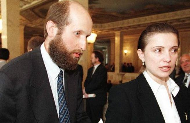 Турчинов и Тимошенко в лихие 90-е.