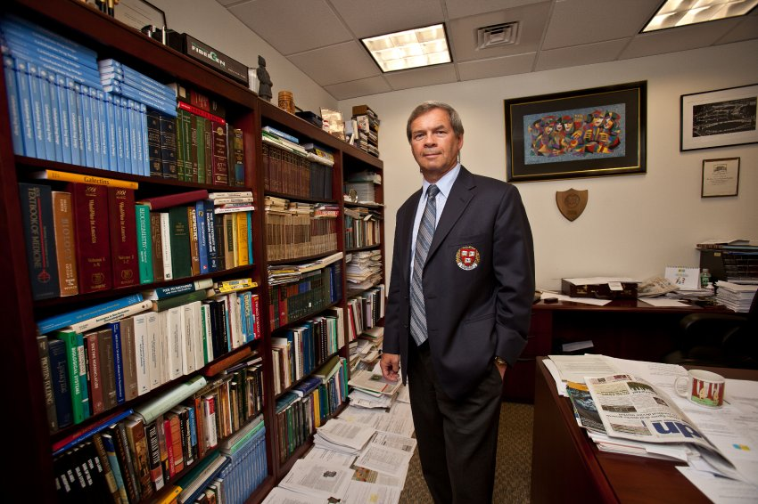 Anatole Klyosov, Ph.D., chief scientist, Pro-Pharmaceuticals, Inc., in Newton, MA, photographed on July 20, 2010. © 2010 Shawn G. Henry ¥ 978.590.590.4869