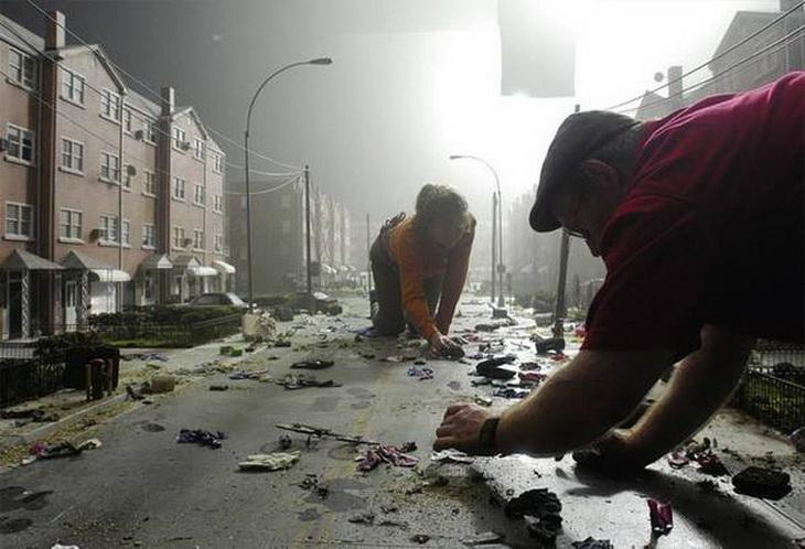 Подготовка площадки к съемкам очередной сцены из фильма «Война миров» Стивена Спилберга