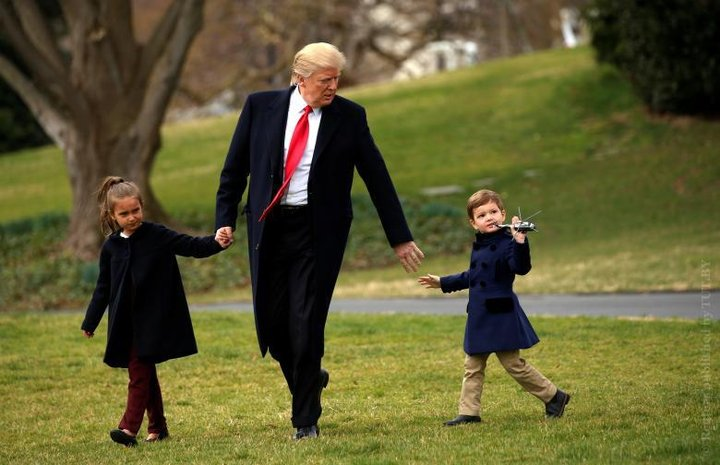Трамп с детьми