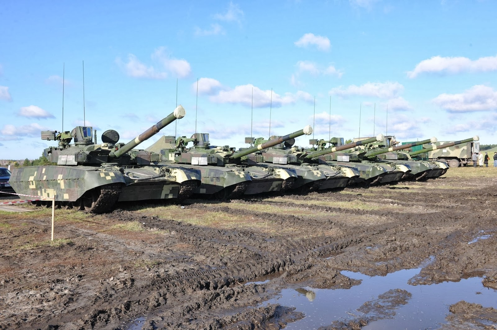 танк Оплот=10