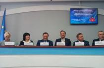 Бердянск Губерантор Брыль в окружении бывших регионалов