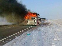 автобус горит Казахстан