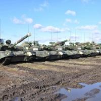 И подмажешь - не поедешь:  фирмы семьи  нардепа Пономарева за взятки поставляли армии моторное масло, после заправки им 20 танков вышли из строя