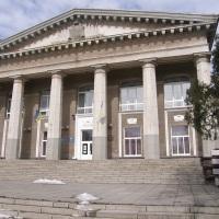 Власть Запорожья открыла мемориальную доску какому-то незнакомому мужику. И написала, что это «Запорожский городской голова Александр Владимирович Поляк»