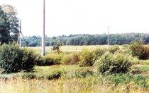 1. Вид на дорогу и перекресток, где Колобанов уничтожал немецкие танки. Снимок сделан с предполагаемого места позицииКВ