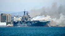 Fire aboard the U.S. Navy amphibious assault ship USS Bonhomme Richard in SanDiego