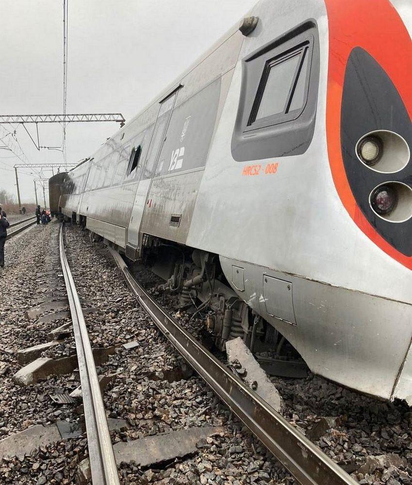 авария поезда Запорожье в Днепропетровской области2