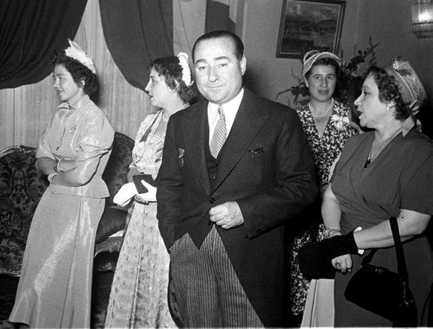 Аднан Мендерес - премьер Турции